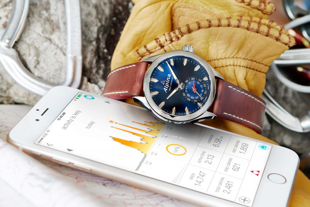 alpina_horological_smartwatch_pr_al-285ns5aq6_1